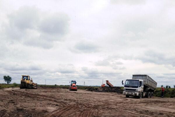 Устройство насыпи технологической дороги и строительной площадки №2