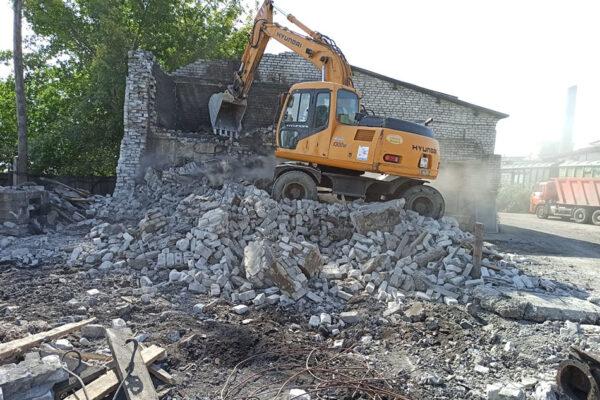 Демонтаж здания котельной у опоры №6. Правый берег