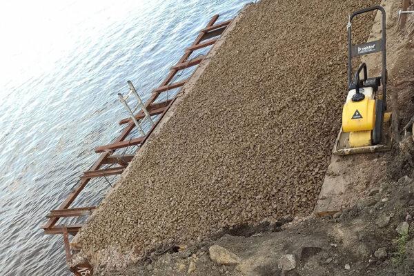Изготовление кондуктора для погружения труб опоры №1 рабочего моста