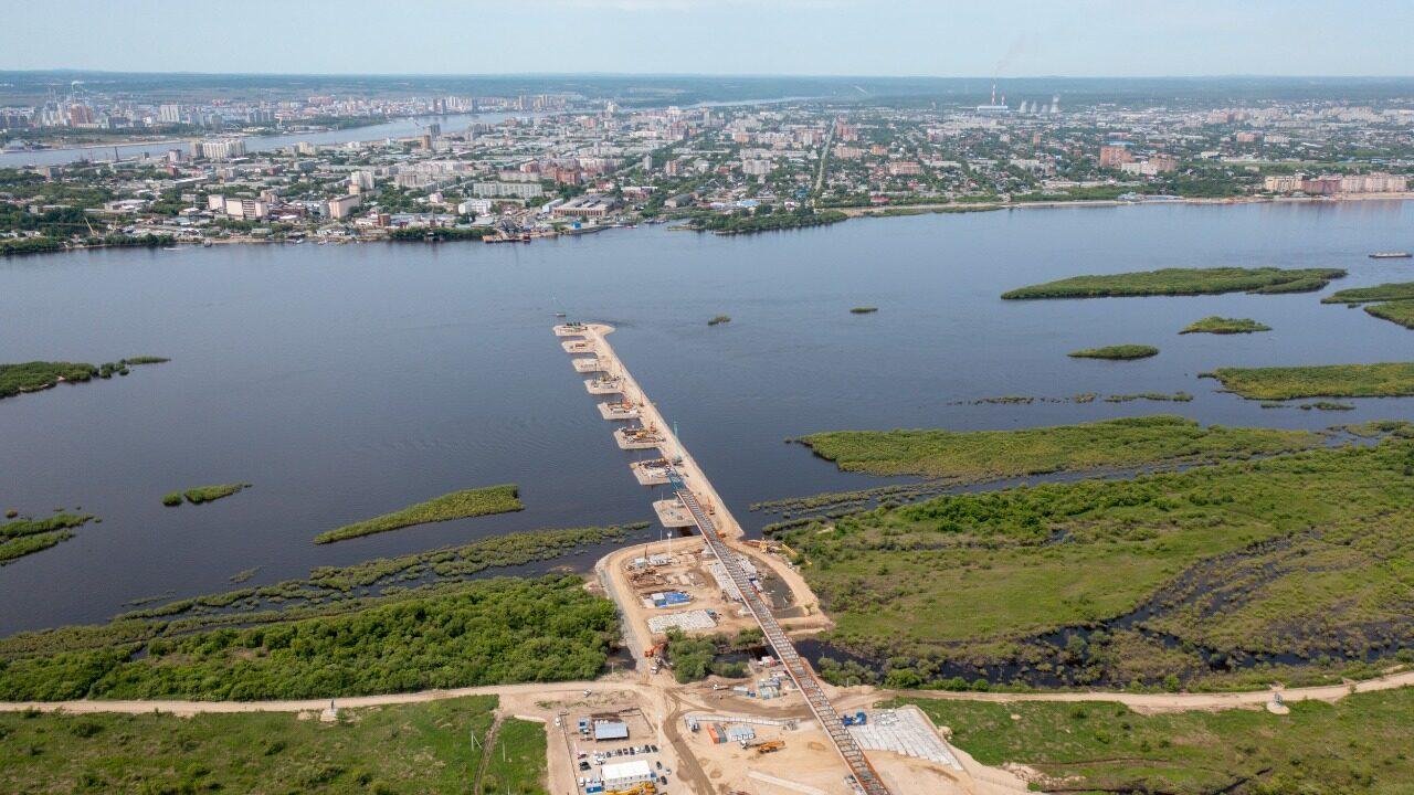 «Готовность объекта 30%. Работы идут в графике» — Василий Орлов провёл совещание по строительству моста через р.Зею